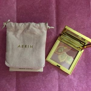 AERIN ILLUMINATING PRESSED POWDER COMPACT NEW!